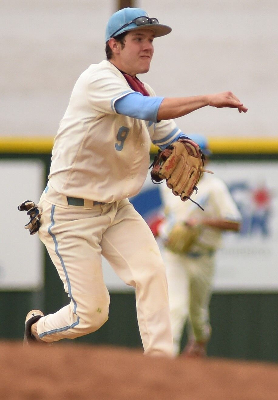 BASEBALL | Monterey gets huge swing from Stephens then staves off late Sandies' rally for 6-5 stunner