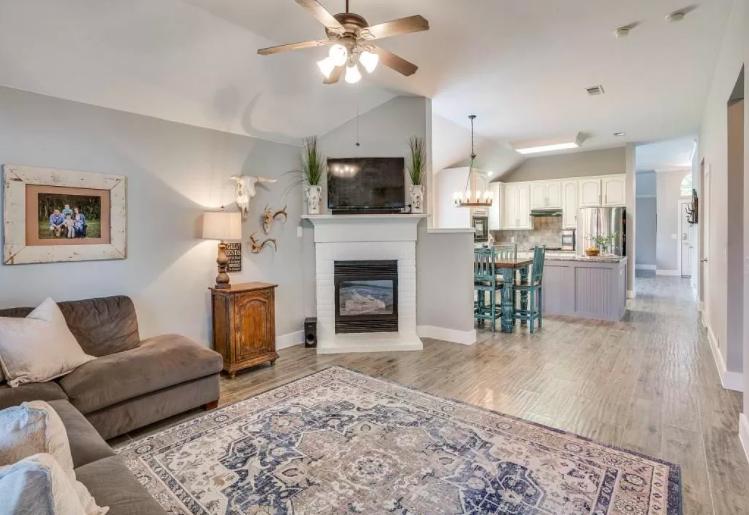 Frisco, Texas $400,000 home for sale