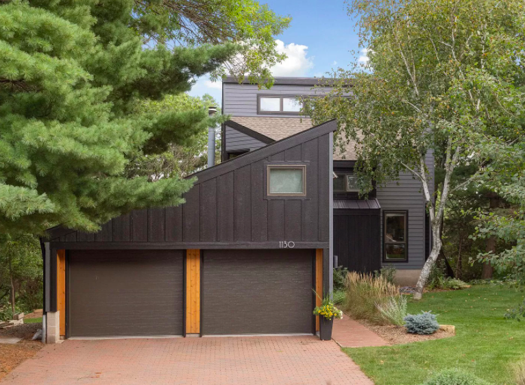 Hudson, Wis. custom home for sale