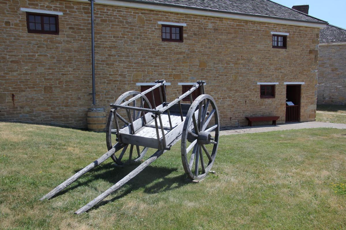 Fort Snelling wagon.JPG
