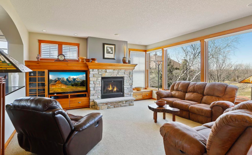 Hudson, Wis. House for sale with two fire places 2