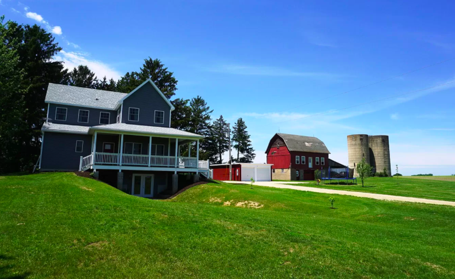 Hager City, Wis., farm house for sale, 2