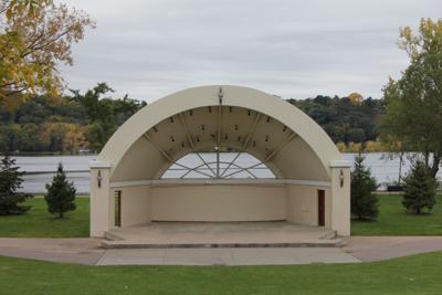 Hudson Lakefront Park bandstand