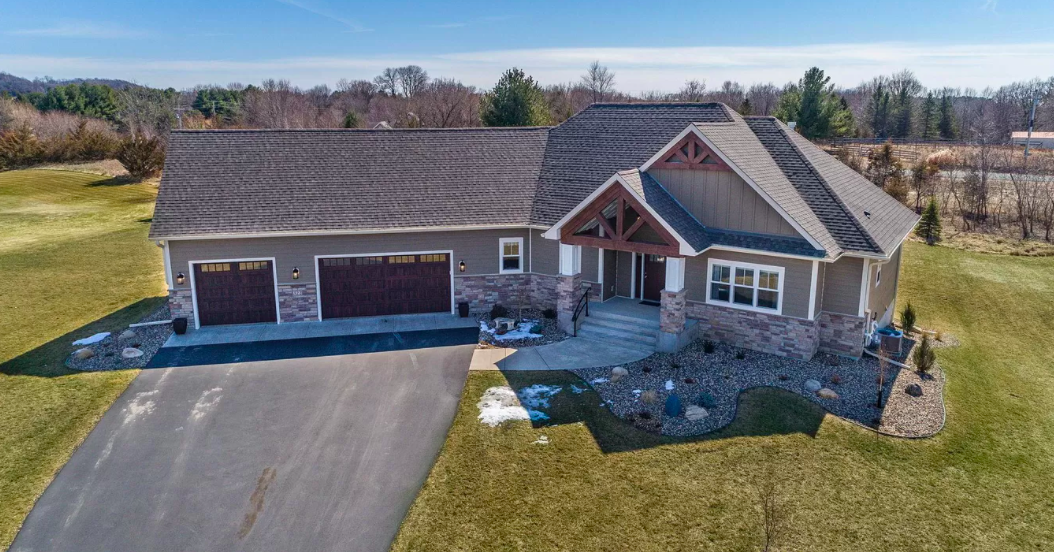 New build with modern luxuries, Hudson, Wis. 2