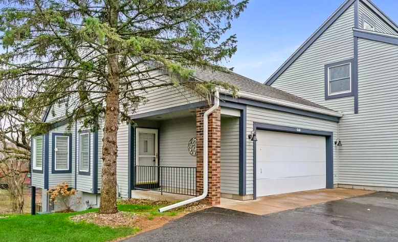 Hudson, Wis. home for sale with home office 1