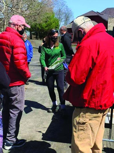 C-GCC Professor leads Olana walking tour