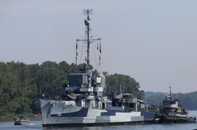 World War II destroyer USS Slater sails down the Hudson