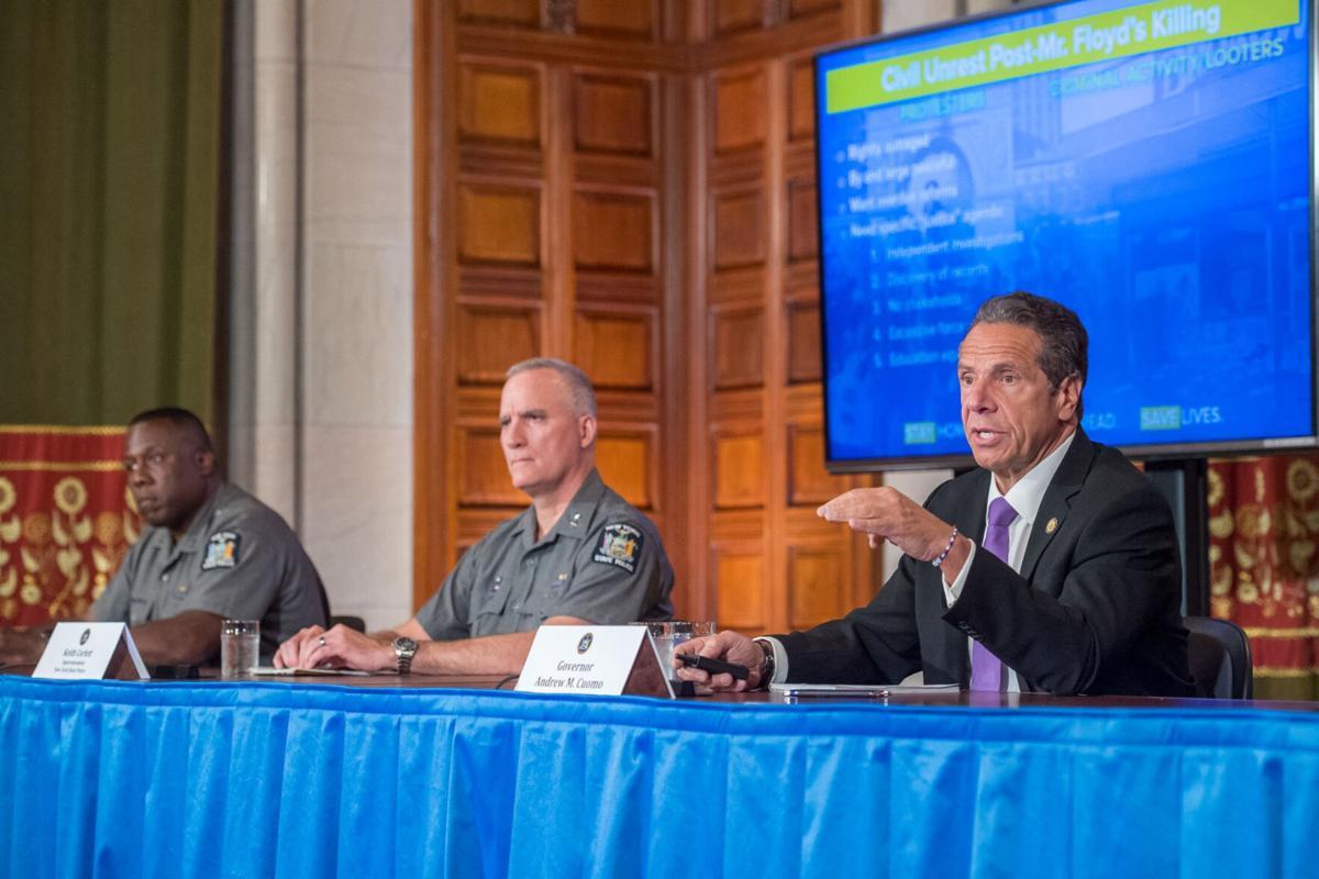 Cuomo blasts NYC mayor, police response