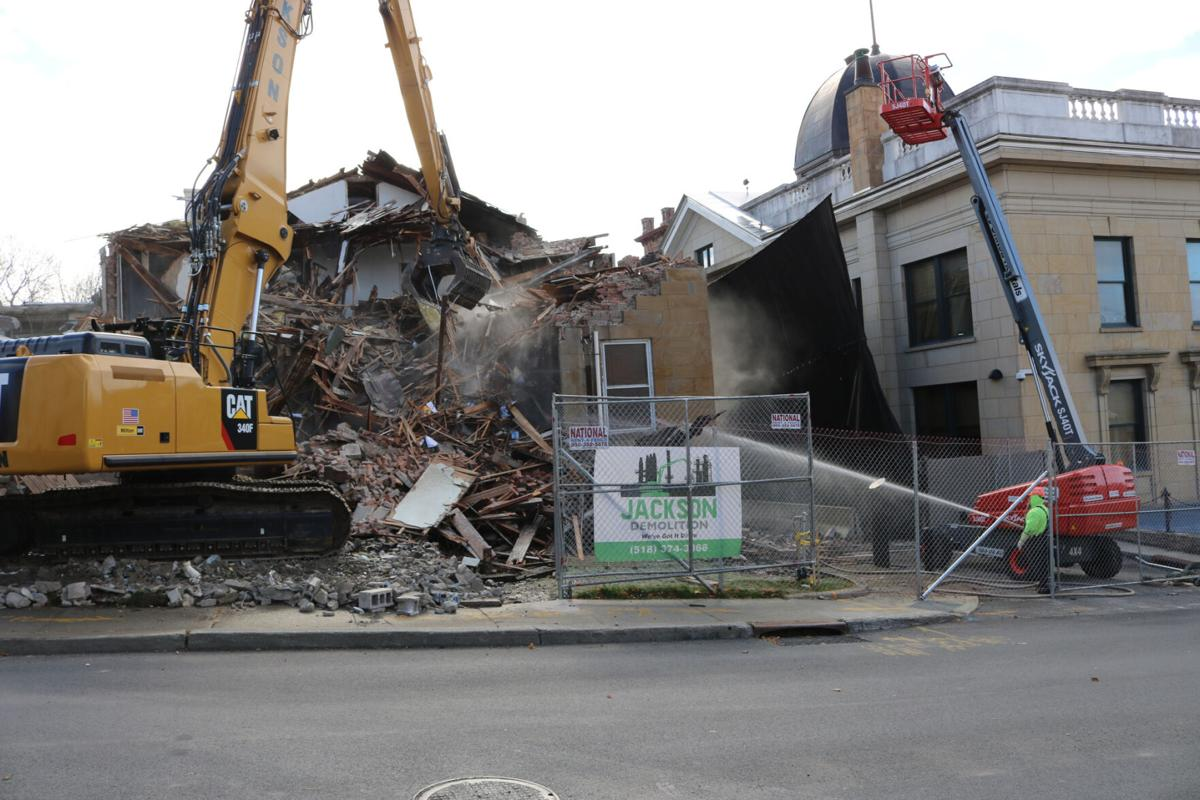 Jail demolition turns page of history