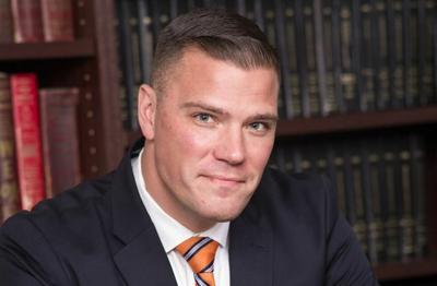 Van De Water quits candidacy