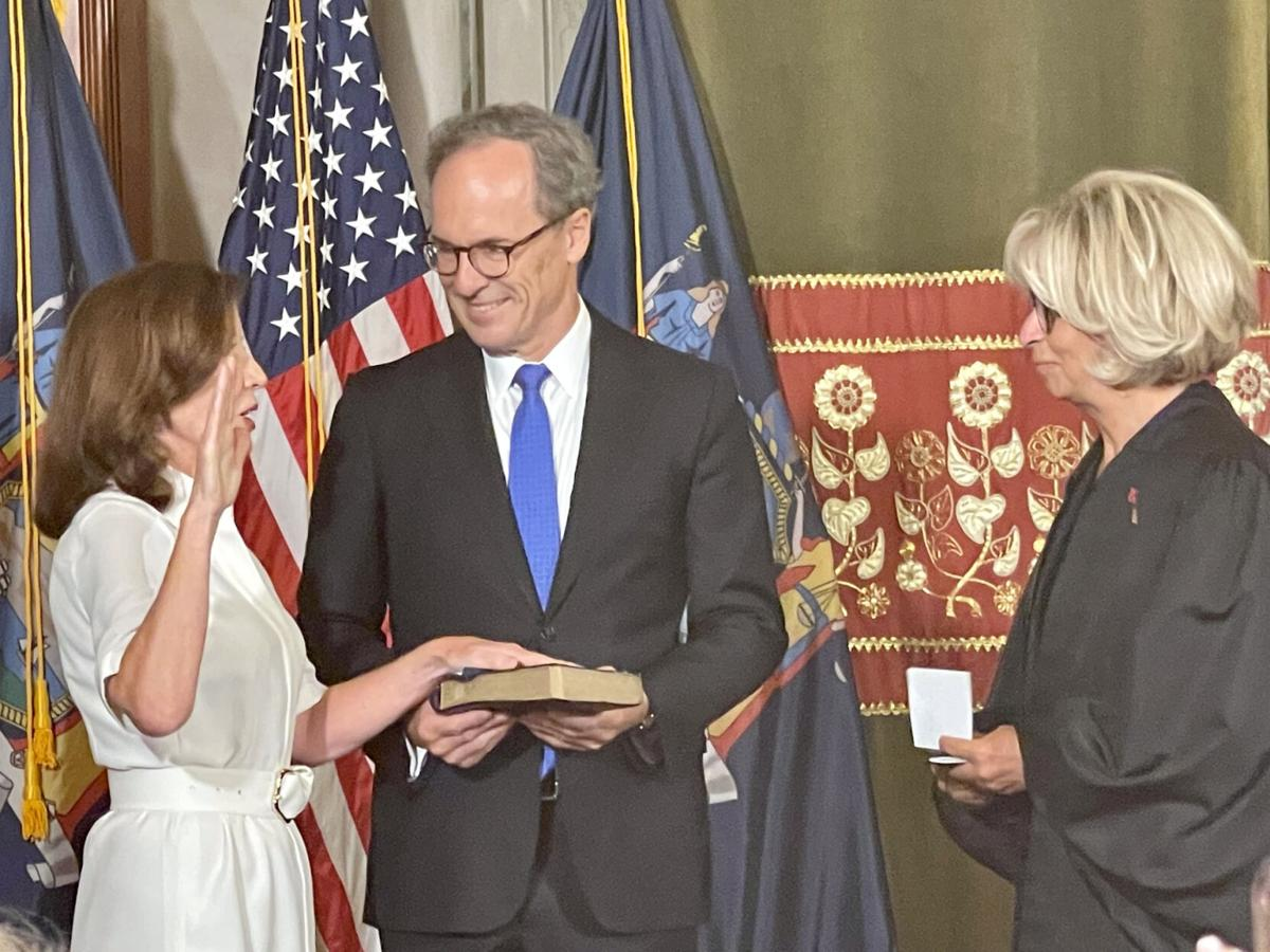 Hochul sworn in as New York's 1st woman governor