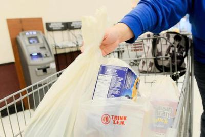 Activists reject plastic bag regulations