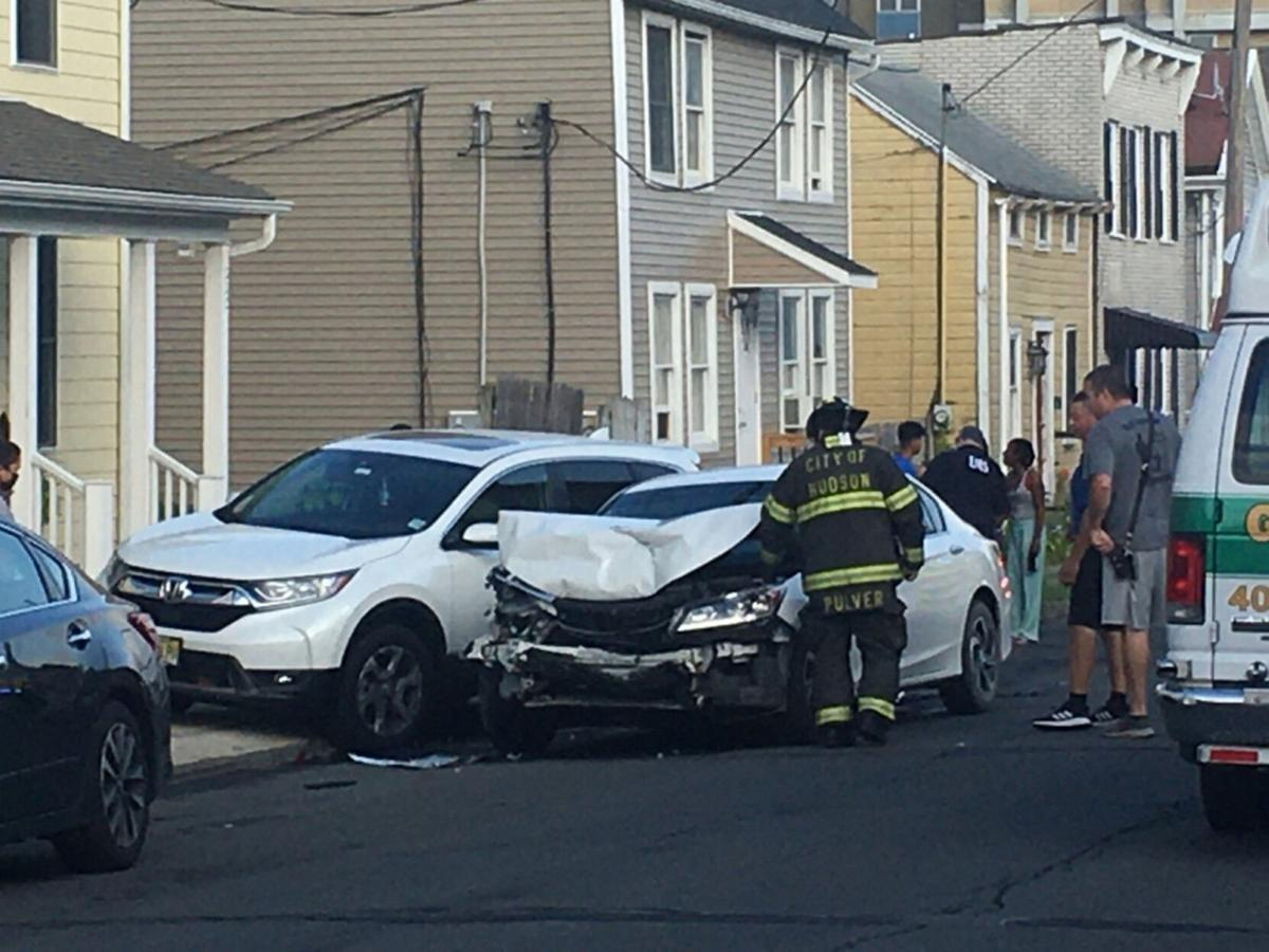 Police charge Hudson man with DWI after accident