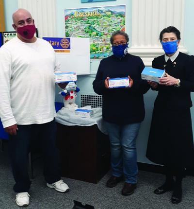 Catskill Rotary delivers masks to Food Pantry