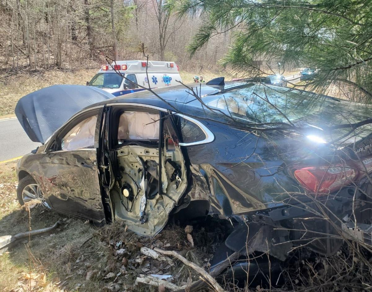 Troy man hurt in Taconic Parkway accident