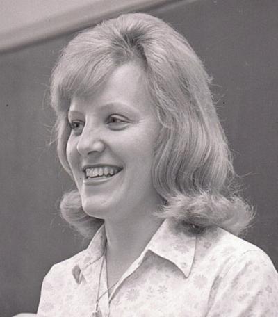 Vivian Clowe Dobrosielski