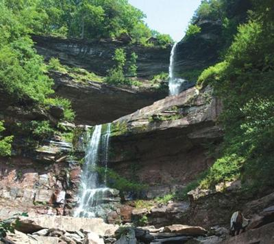 Hiker's body found at Kaaterskill Falls