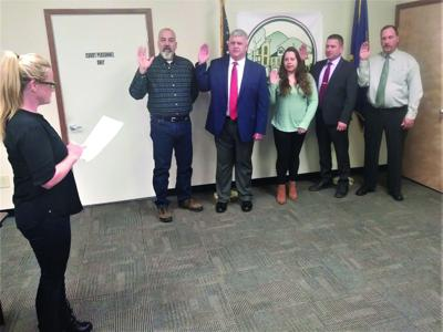 Town of Cairo swears in new officers