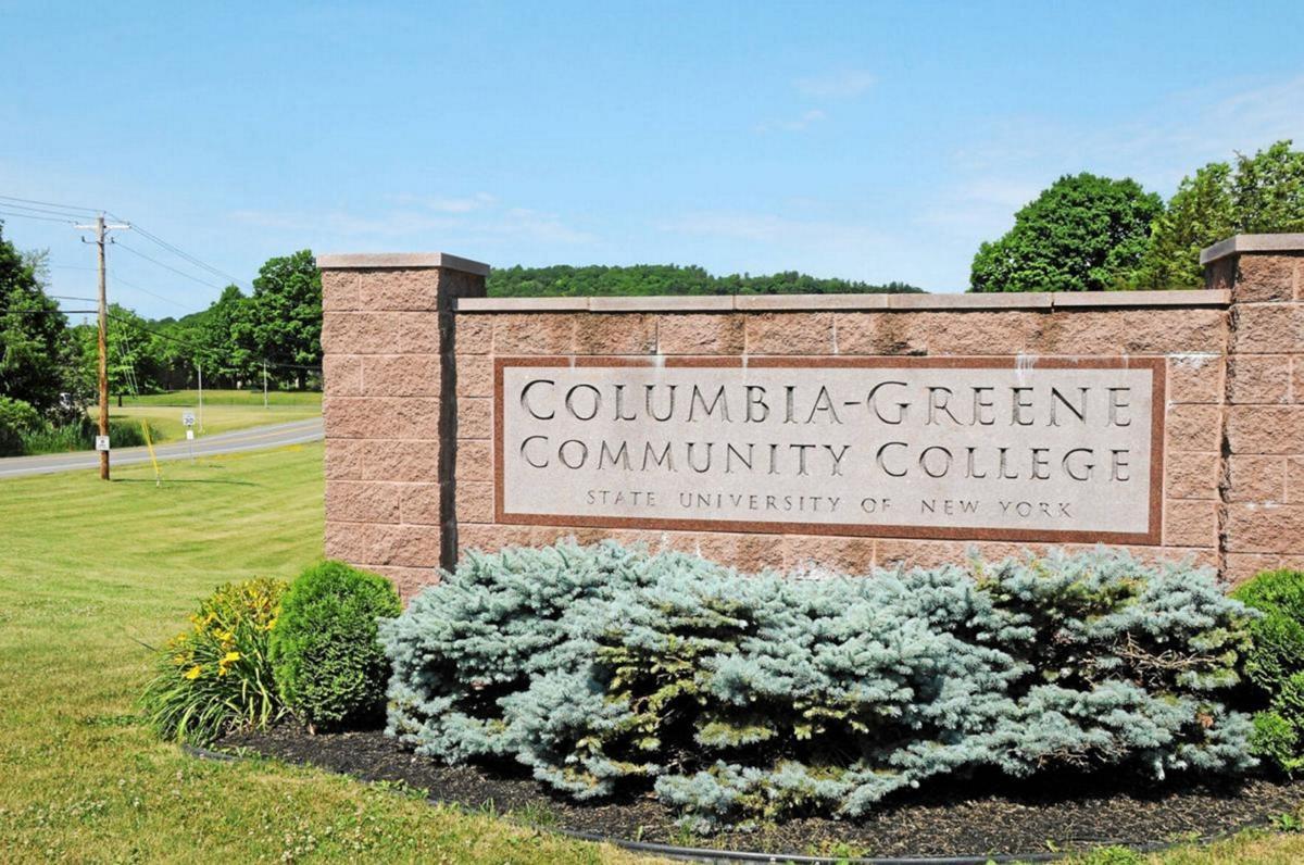 Greene assists C-GCC students
