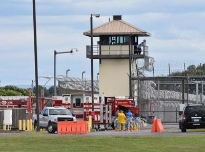 3 officers hurt in prison scuffle