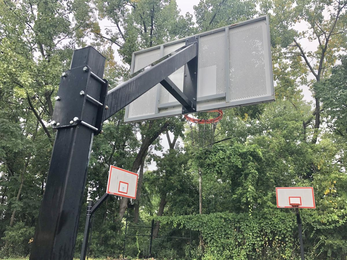 Bliss tenants cry foul over basketball court