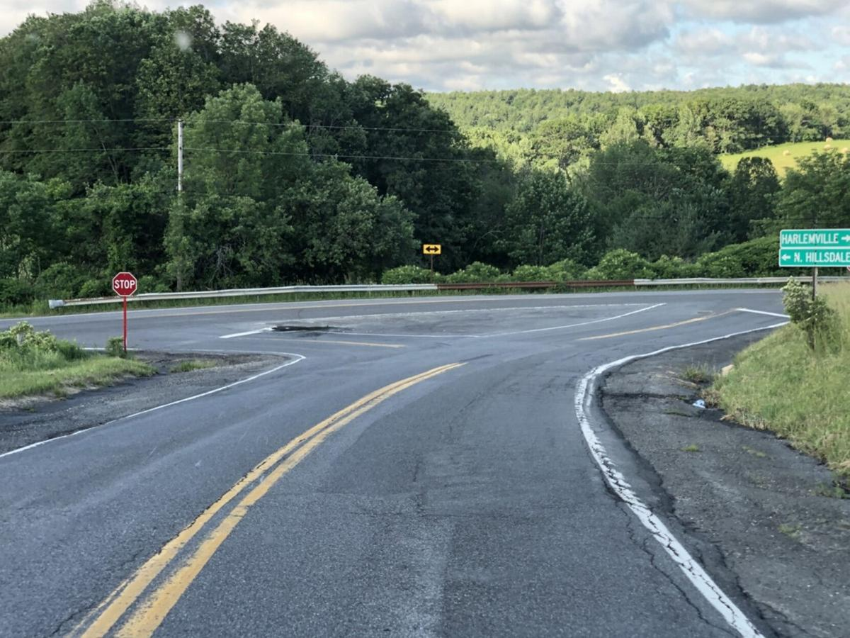 Motorcycle driver injured in Hillsdale crash