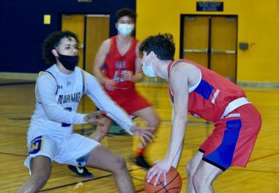 BOYS BASKETBALL: Maines' buzzer-beater lifts Hudson in OT