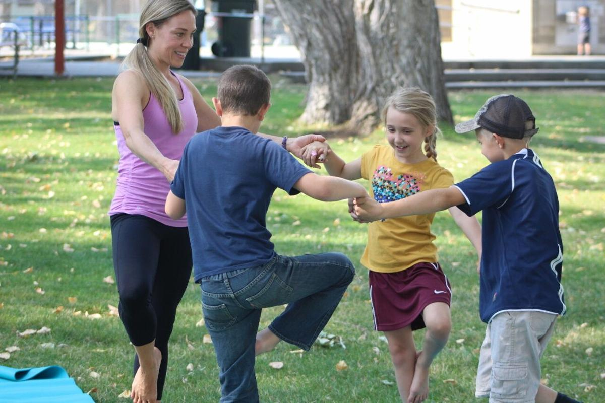 Yoga with kids pic 1