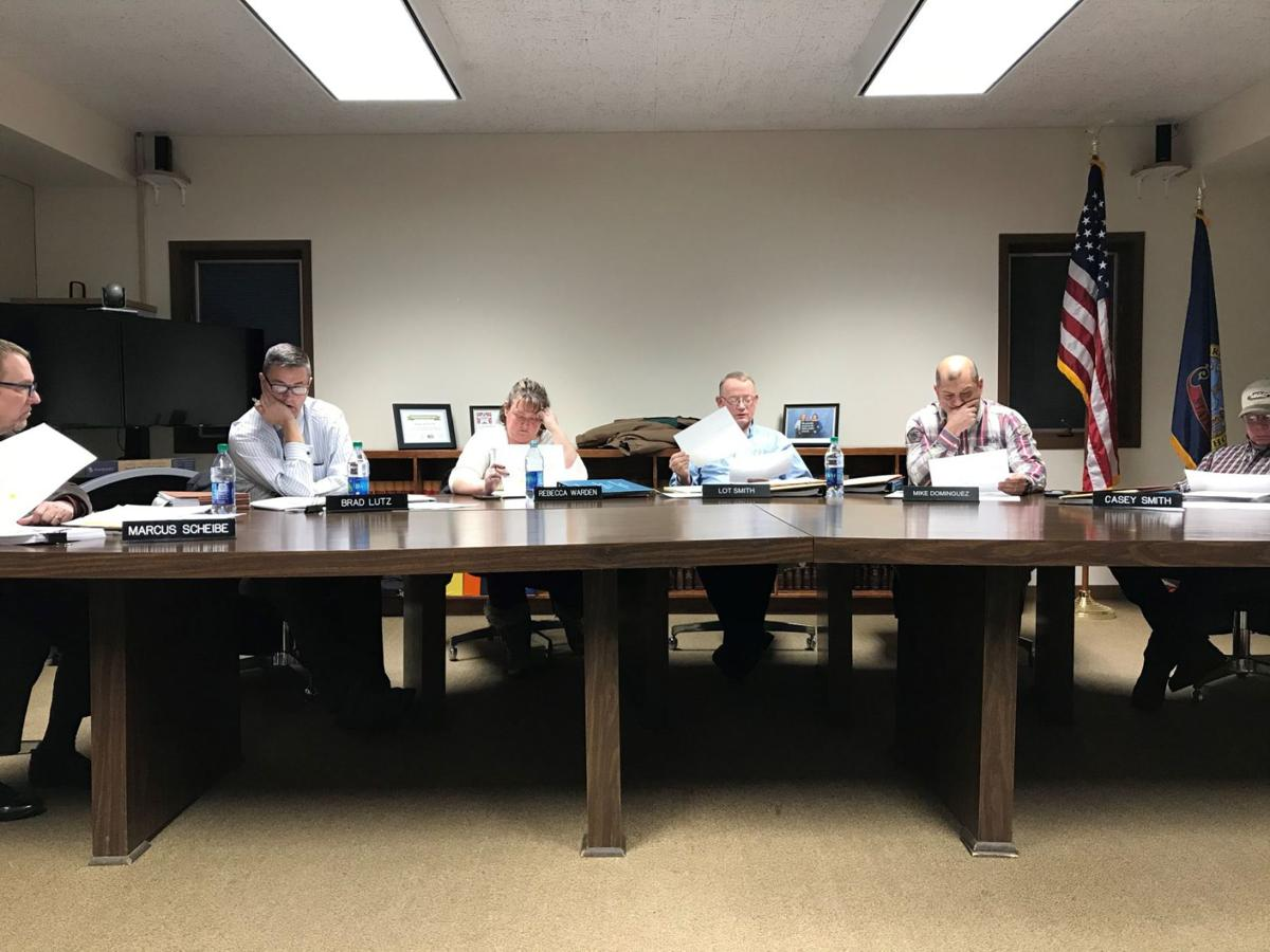 MVSD board votes not to extend administrator contracts to Miskin, Anderson