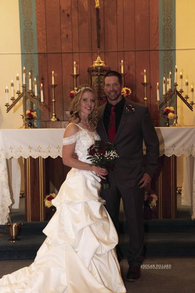 Community - Milestone - Wedding - Rose and Gorges