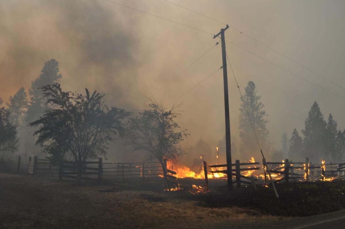 Kamiah Fire Map.Lawyer Complex Grows To 32 000 Acres News Idahocountyfreepress Com