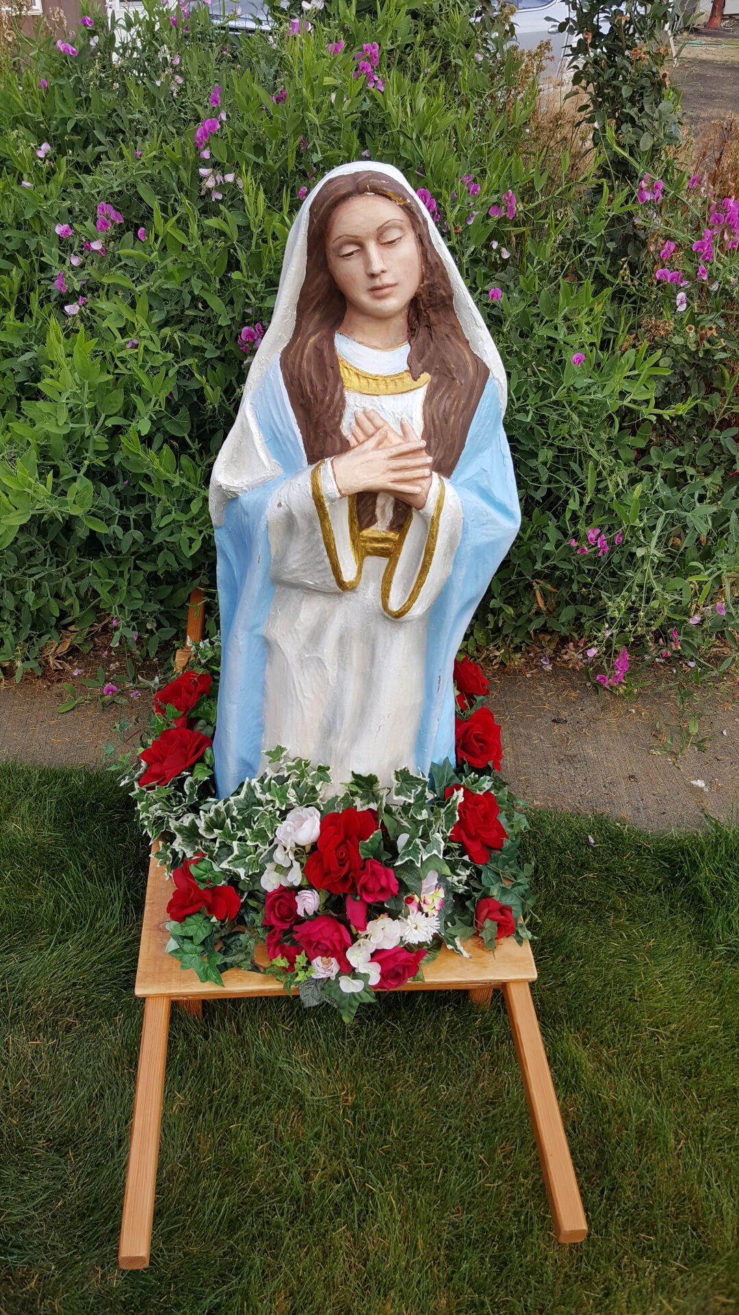 Statue of Mary photo