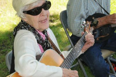 Bluegrass2.jpg
