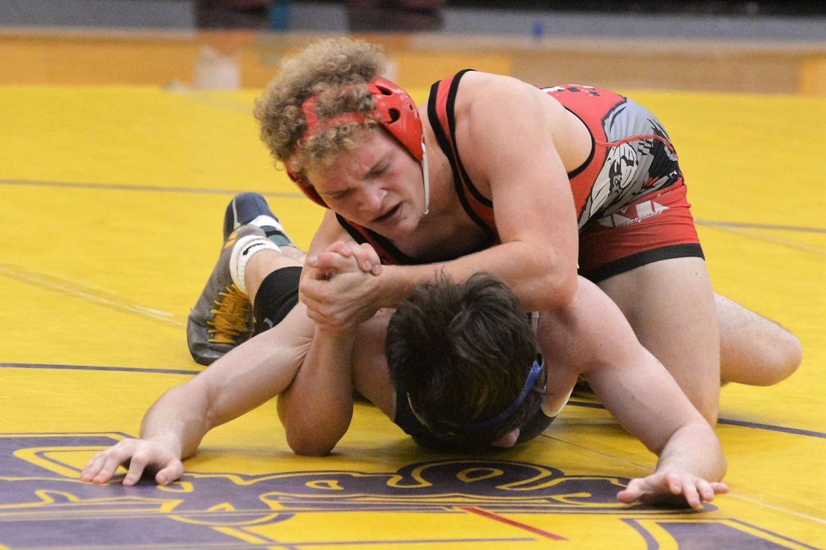 Wrestling: 'Classic' competition proves tough - Dominguez
