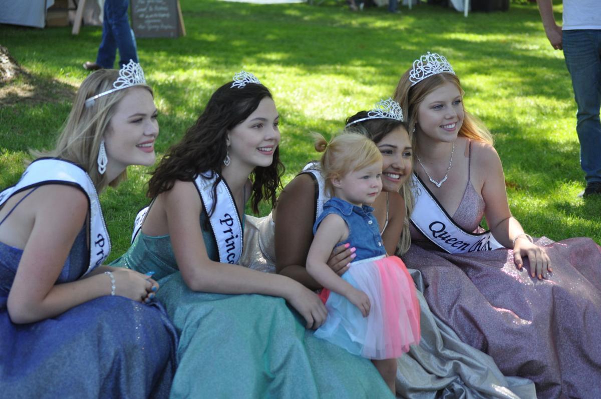 Lewis County Fair Royalty at parade pic