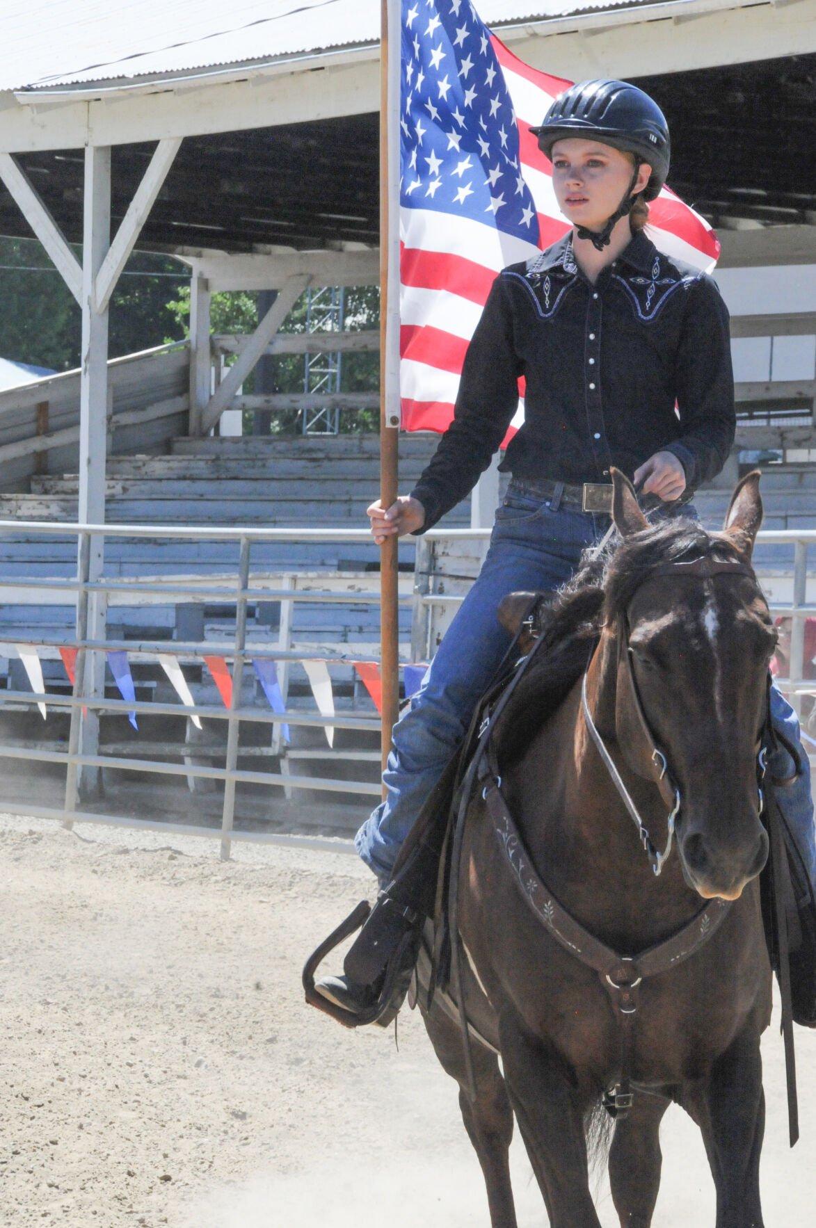 Horse show rider photo