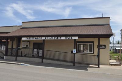 Cottonwood City Hall pic