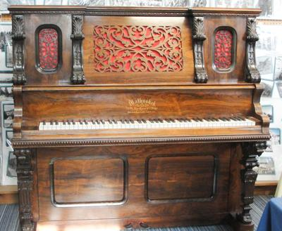 Piano from 1930 Elk City phoy\to