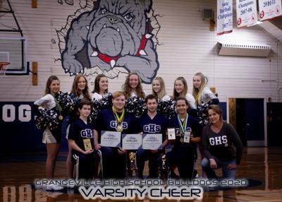 Grangeville High School cheerleaders