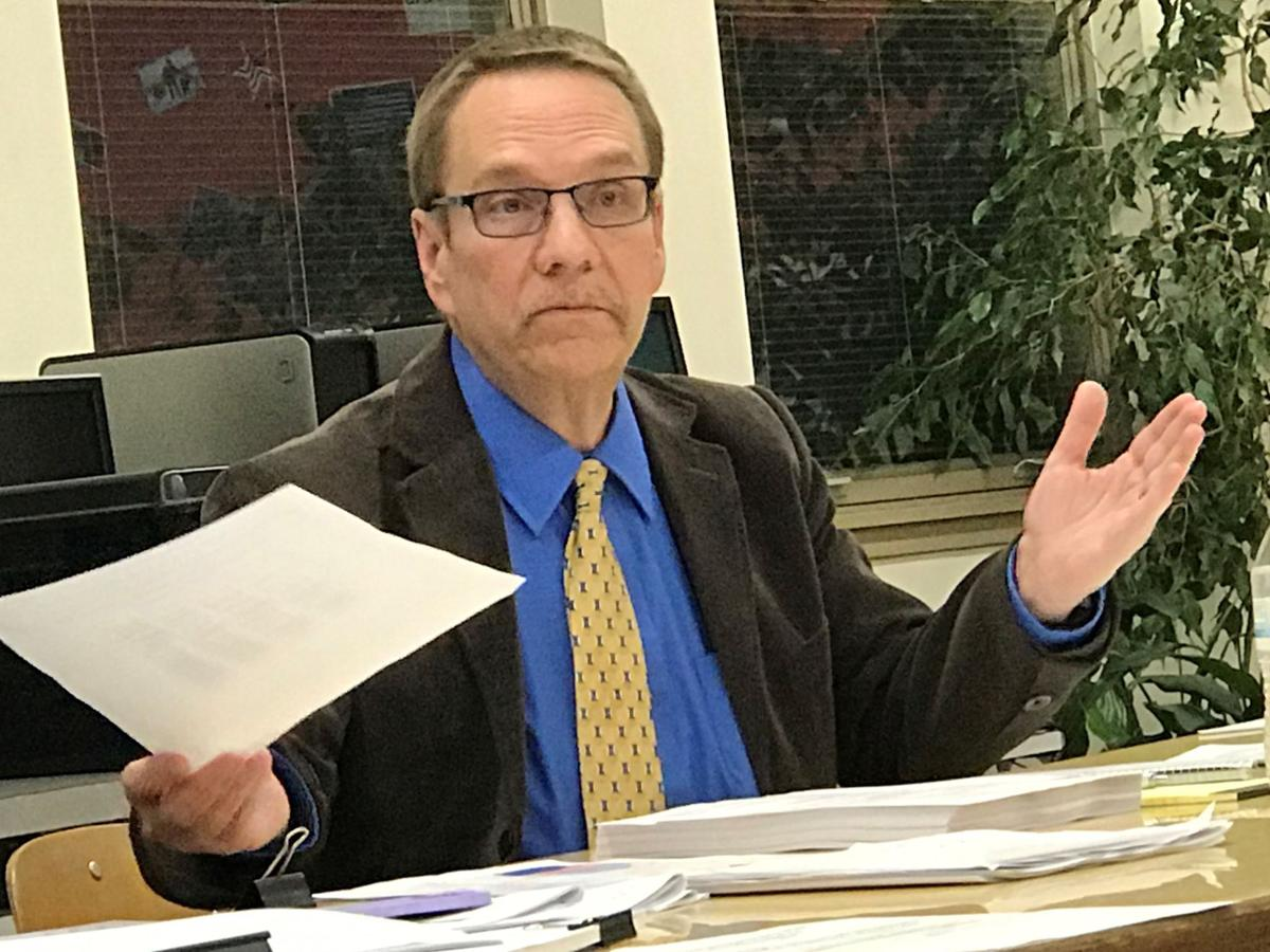 Teachers ask board to meet, talk contracts