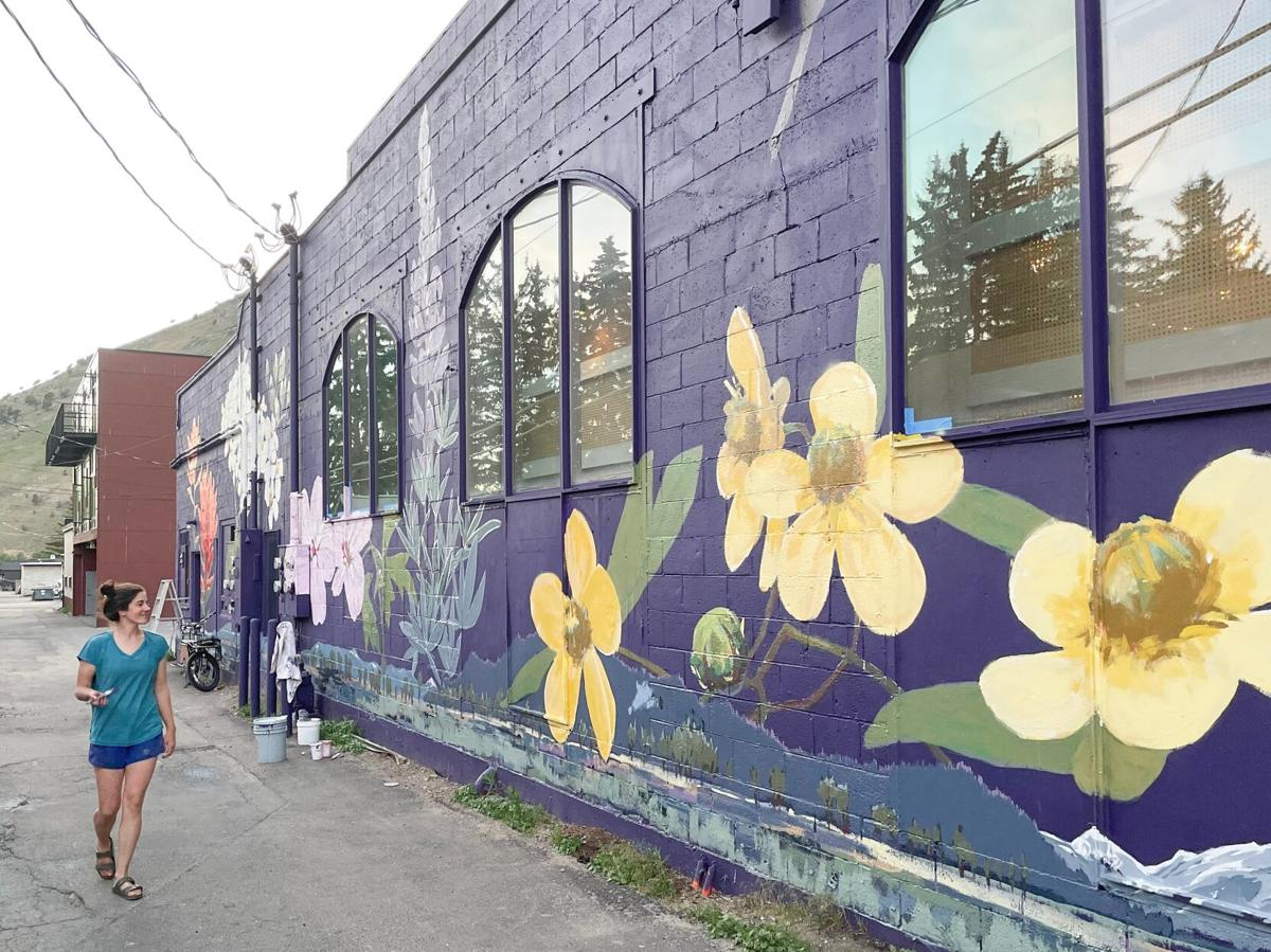 Mural alley photo