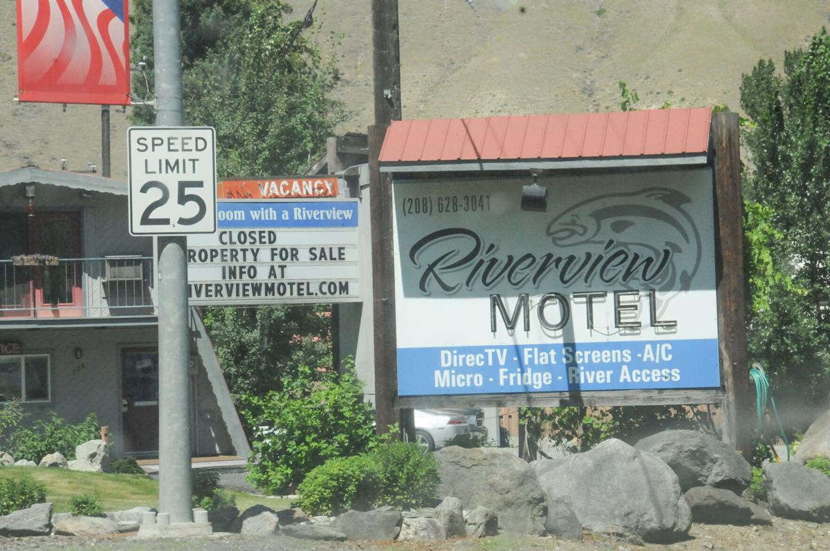 Riverview Motel photo