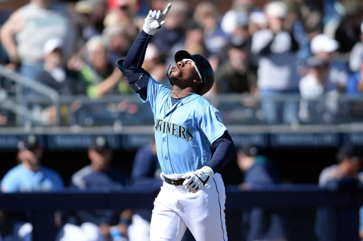 mariners shed long hits first career home run in wednesday s win rh ifiberone com