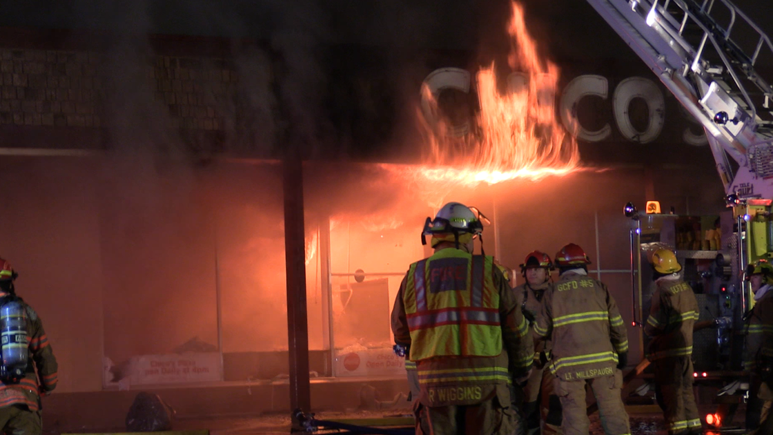 Fire causes extensive damage to Chico's Pizza restaurant ...