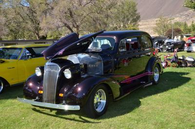 Sun Lakes car show