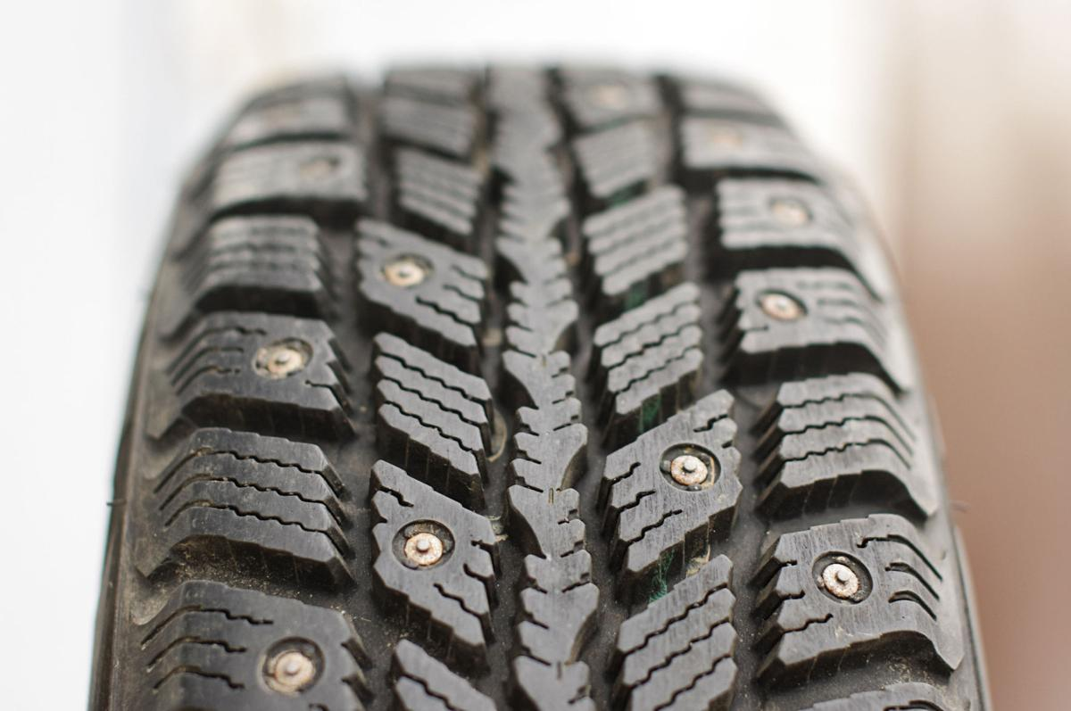 drivers can use studded tires beginning tuesday ifiber one news. Black Bedroom Furniture Sets. Home Design Ideas