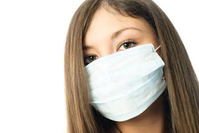 Surgical mask sick lanak-RF.jpg