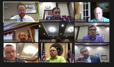 Harrisburg Council meeting