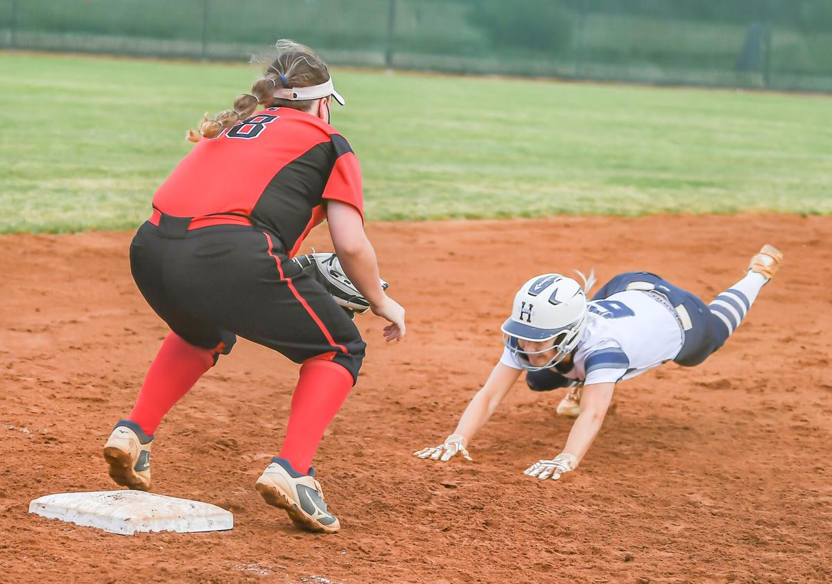 Hickory Ridge defeated South Mecklenburg 14-4 and advances to the second round.