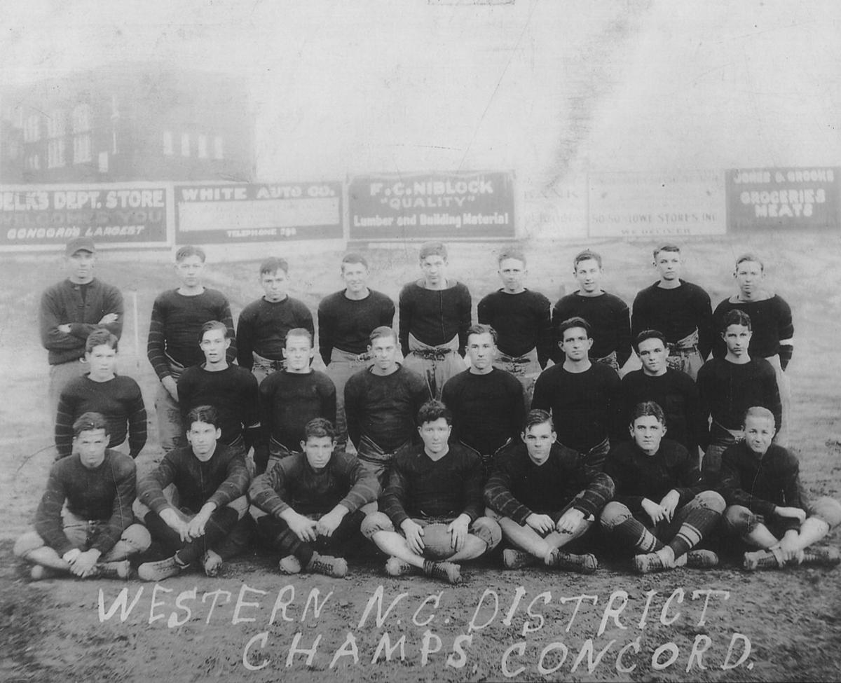 09-24 A2 old photo 1929 spiders championship team.jpg